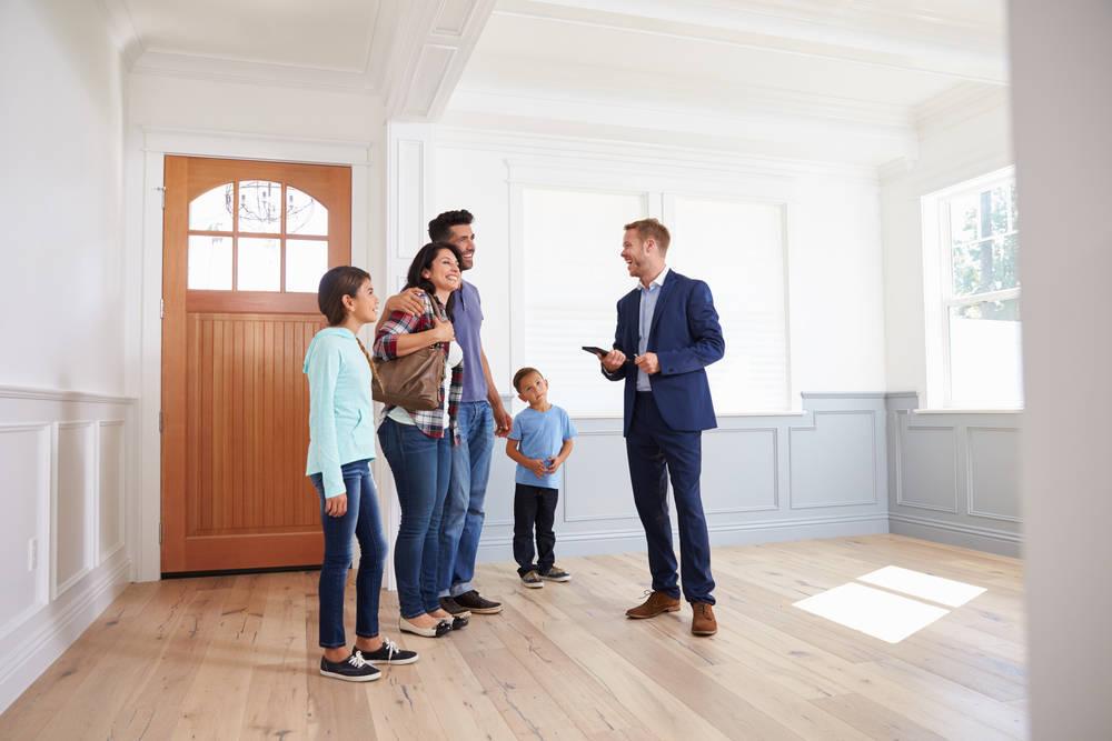 Por qué contratar los Servicios de un Consultor Inmobiliario
