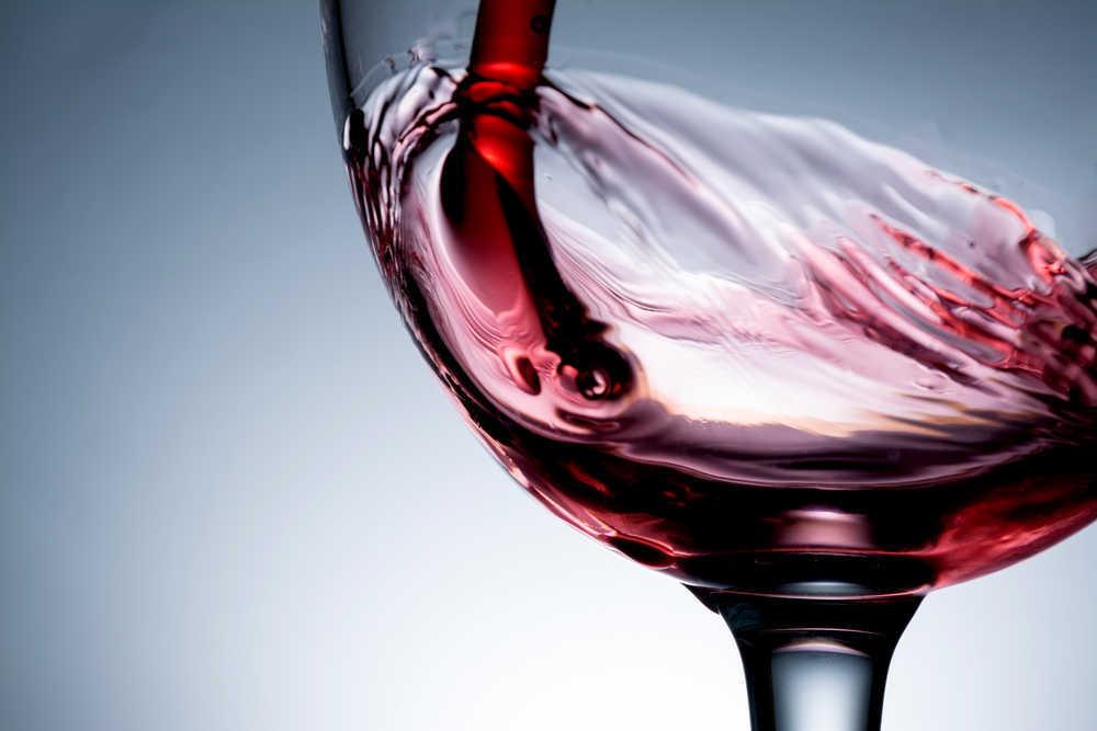 ¿Cómo crear tu propia marca de vino?